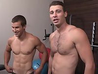 Cute Hunks Fucking In Gym