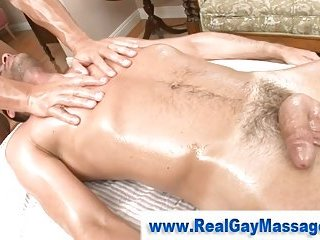 Straight guy turned by hot massage