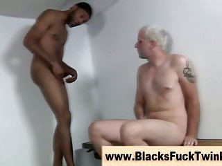 White amateur gay gets interracial