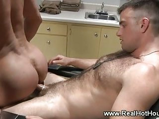 Powerful hunk gets to ride a dick